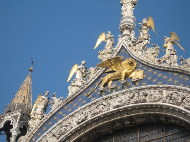 The golden winged lion looted from Constantinople