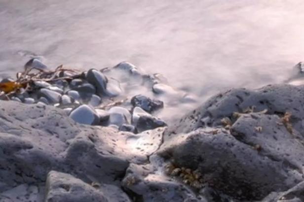 hafnafjordur-airbnb-14-shore