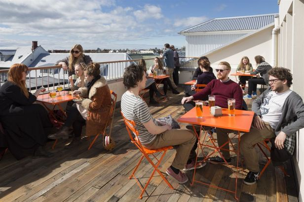 loft-hostel-deck