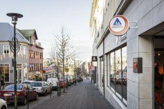 loft-hostel-street