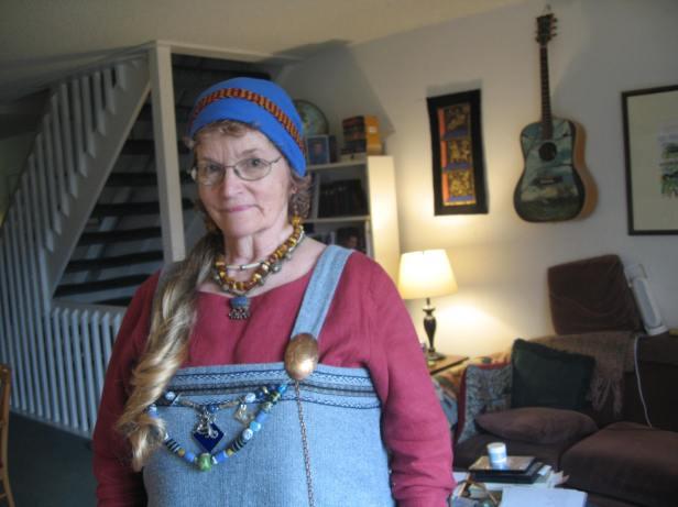 me blue apron dress living room Feb 28, 2018