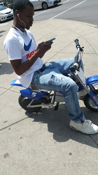 Razor rider