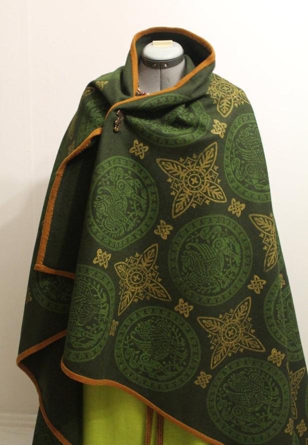 Viking cloak from NornasMystery