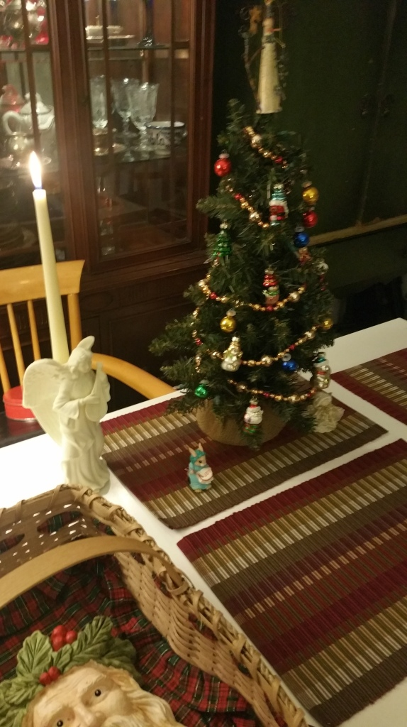my tabletop Christmas tree and lute playing angel 2019